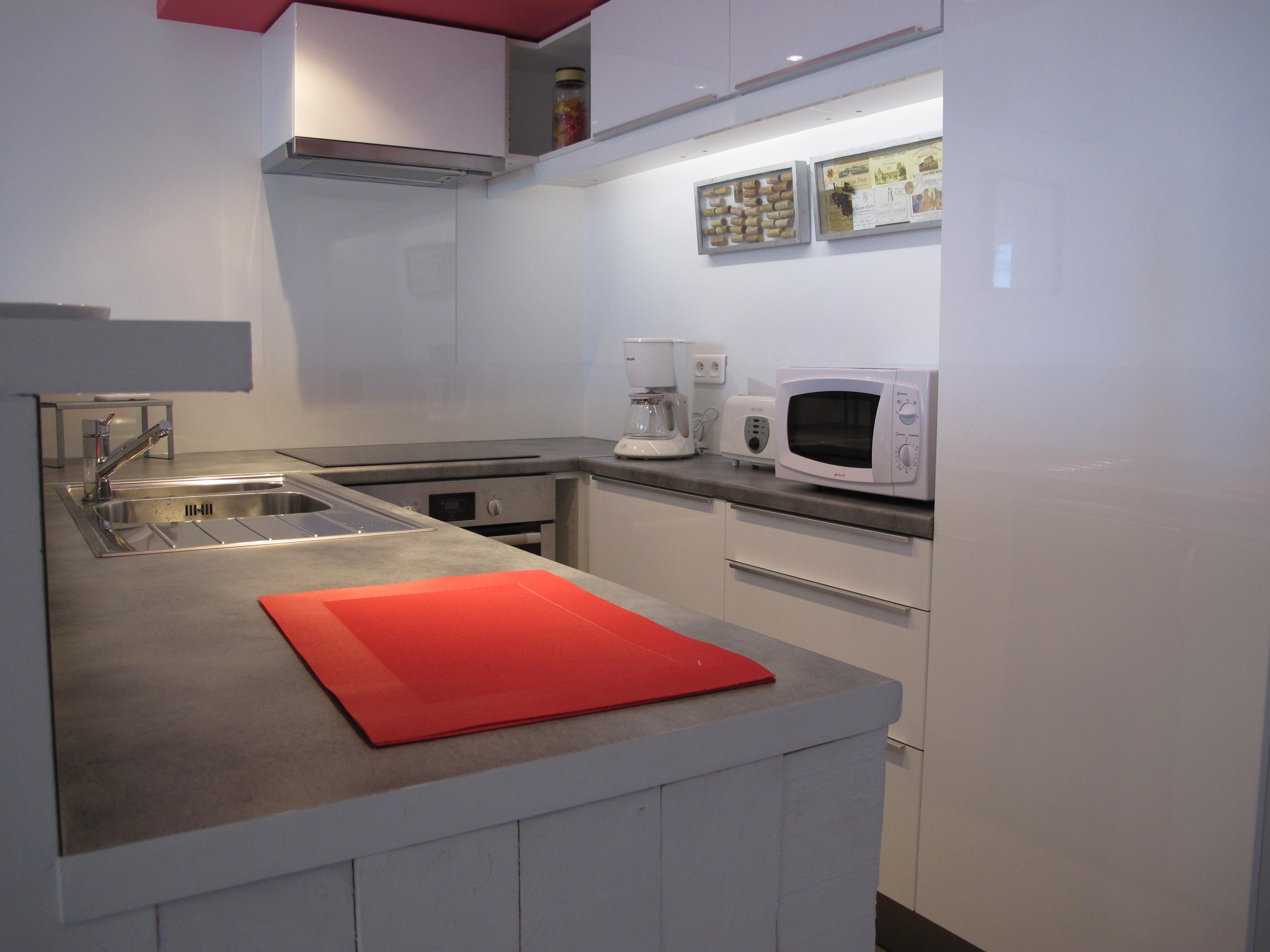 g te framboise l 39 esperluette en provence. Black Bedroom Furniture Sets. Home Design Ideas